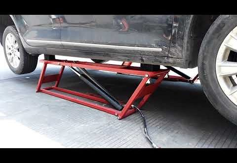 Product Video - 2.5 T Capacity Portable Scissor Car Lift,U-H25A Low-Rise Car Lift - 5,500-lb Capacity Pantograph Scissor Lift